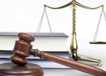 Юрист оплата труда