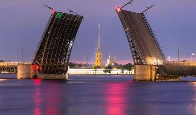 Актуальная информация о мостах Петербурга в мобильном приложении