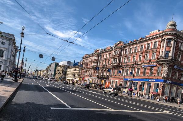В наступившем году в Петербурге отремонтируют 95 дорожных участков