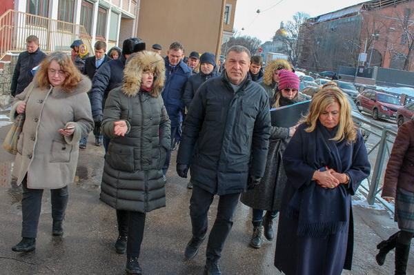 Заместитель губернатора Ленобласти приехал с инспекцией в Адмиралтейский район