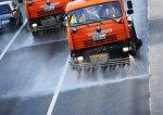 Петербургские дороги моют солевым раствором