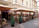 Петербургские рестораторы не торопятся с подготовкой летних кафе