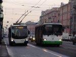 Больше половины петербуржцев довольны работой общественного транспорта