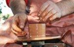 В Петропавловской крепости учат работать с глиной