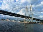 Вантовый мост перегружен в два раза